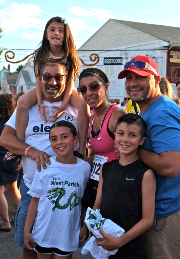 Domenic Damico Family ST. PETER'S FIESTA 2016 5K copyright Kim Smith